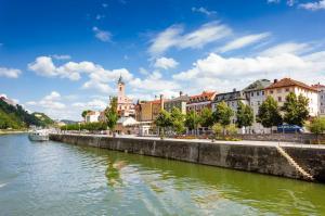 Donaugeflüster: Passau - Bratislava - Budapest - Belgrad - Eisernes Tor - Vilkovo - Donaudelta - Wien - Dürnstein - Passau mit der MS Aurelia