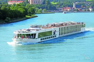 Donauwalzer: Passau - Wien - Budapest - Belgrad - Giurgiu  -  Donaudelta -  Rousse - Komarno - Krems -  Passau mit der MS Ariana