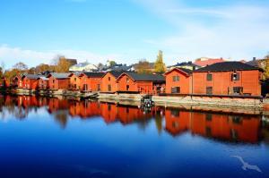 Große Ostseereise und maritimes Volksfest 'Kieler Woche': Bremerhaven -  Visby - Stockholm - Turku - Helsinki - St. Petersburg - Tallinn - Gdansk - Kiel - Bremerhaven mit der MS Amadea