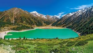 Kasachstan - Kontraste zwischen Kaspischem Meer und Tienschan
