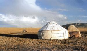 Kirgisistan - Jurtenleben im Tien Shan