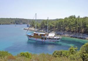 Kreuzfahrt - Motorsegler/-yacht: Kroatien ab/bis Trogir