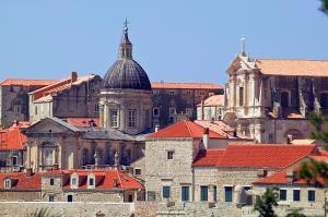 Kulturen und Landschaften des Balkans
