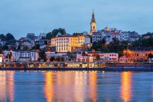 Serbiens Städte, Klöster und Kultur