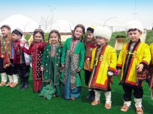 Turkmenistan - Usbekistan - Nowruz – Zum Frühlingsfest nach Turkmenistan