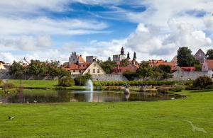 Zauberhaftes Baltikum & Skandinavische Spitzen: Bremerhaven - Visby - Stockholm - Helsinki - St. Petersburg - Tallinn - Riga - Klaipeda - Kopenhagen - Nord-Ostsee-Kanal - Bremerhaven mit der MS Albatros